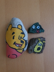 Painted-stones-messy-play-craft-toddler-activities